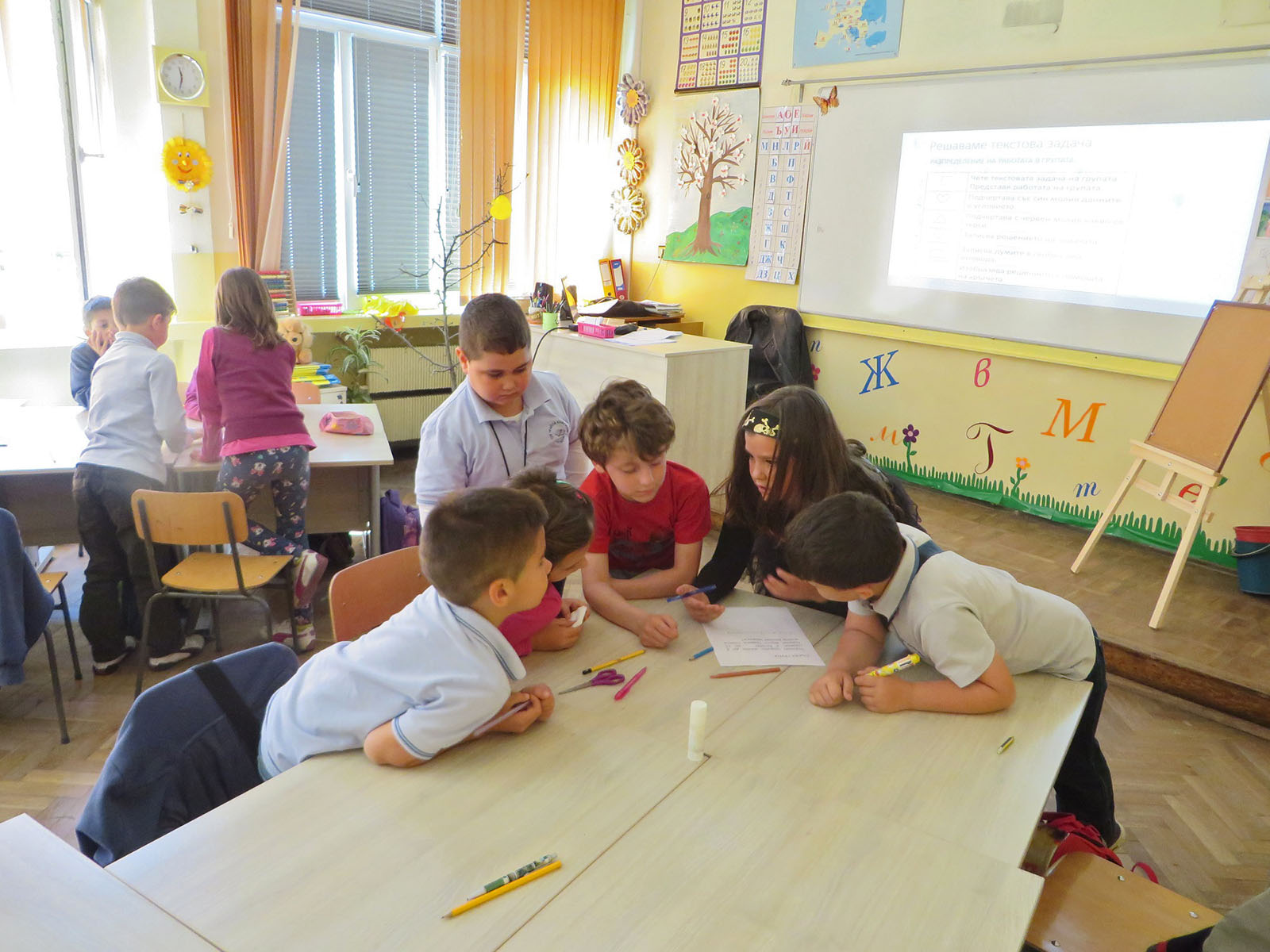 fg18-group-working-11