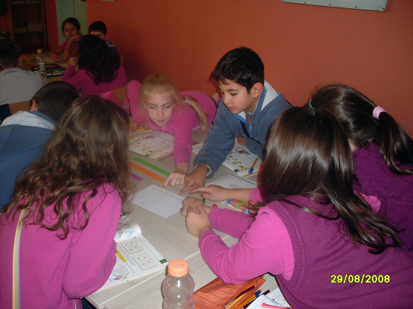 fg18-group-working-20