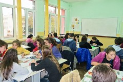 fg18-group-working-05
