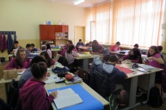fg18-group-working-08