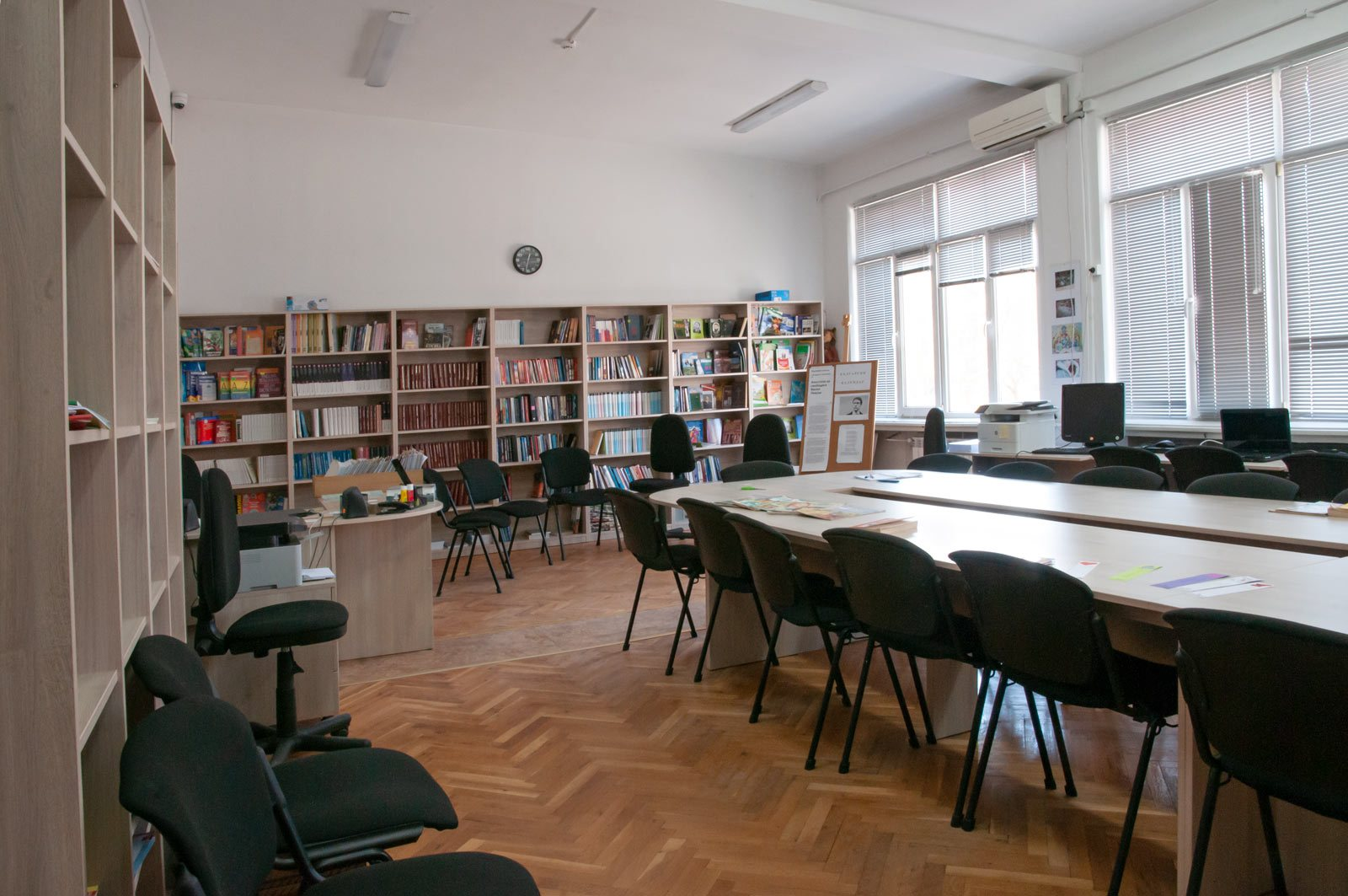 EZF1415-library-1