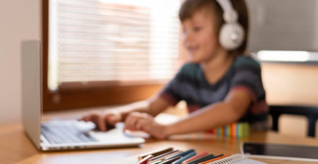 learning-through-virtual-classes-blurred-child